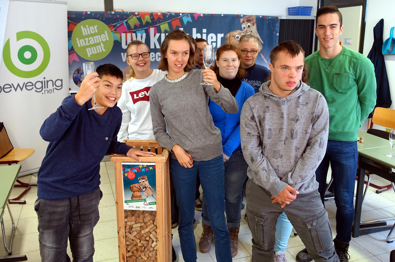 Limburg zamelt 2,5 miljoen kurken in voor recyclage - Het Belang van Limburg