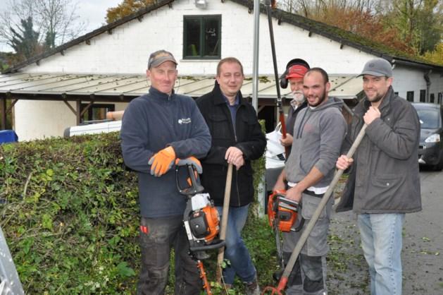 Vrijwilligers in de weer voor jeugdheem aan de Komberg