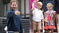 ROYALS. Zo reageert prins Harry als hij knap wordt genoemd en de eerste klasfoto van de tweeling van Monaco