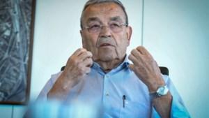 """Louis Tobback waarschuwt voor antipolitiek: """"Politici, laat je niet verder kleineren"""""""