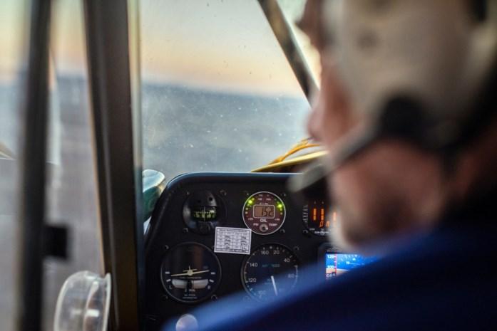 Russische piloot geeft doodleuk stuurknuppel door aan passagier die niet kan vliegen