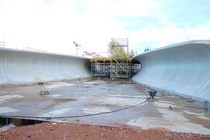 Fietstunnel op Hasseltse Singel wordt ontmanteld