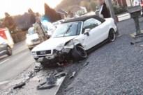 Twee inzittenden gewond bij zware botsing in Opglabbeek