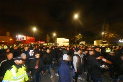 KRC-supporter krijgt drie jaar stadionverbod na aanval op vier agenten in Liverpool