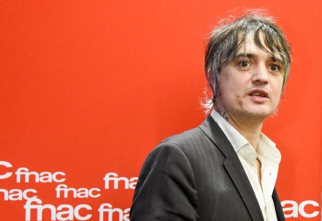 Pete Doherty komt vrij na twee dagen cel in Parijs
