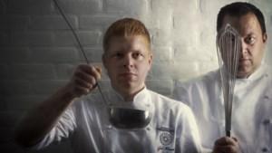 """Vader en zoon Meewis samen in de keuken van de Slagmolen: """"Daar zeg ik niet papa, maar chef"""""""