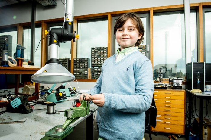 """Laurent (10) studeert bijna af aan de universiteit: """"Tuurlijk wil ik bekend zijn"""""""