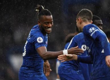 Invaller Batshuayi boekt met Chelsea zesde zege op rij in de Premier League