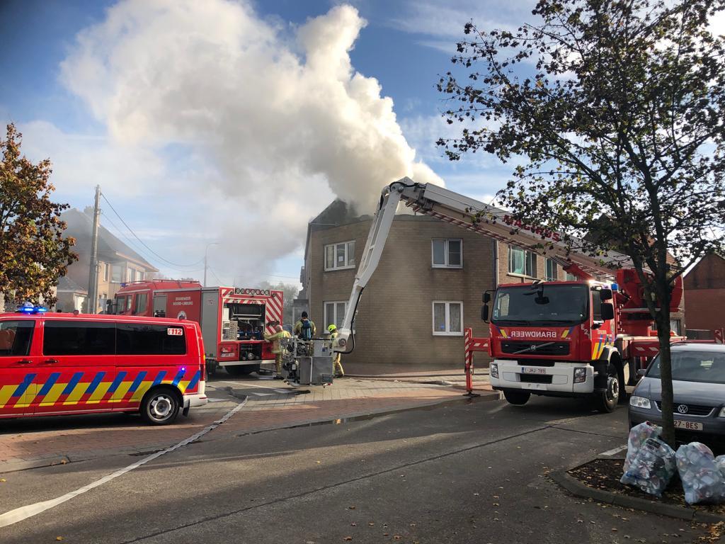 Man met brandwonden overgebracht naar ziekenhuis na appartem... (Leopoldsburg) - Het Belang van Limburg