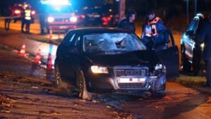 Voetganger gegrepen aan zebrapad: slachtoffer in kritieke toestand afgevoerd