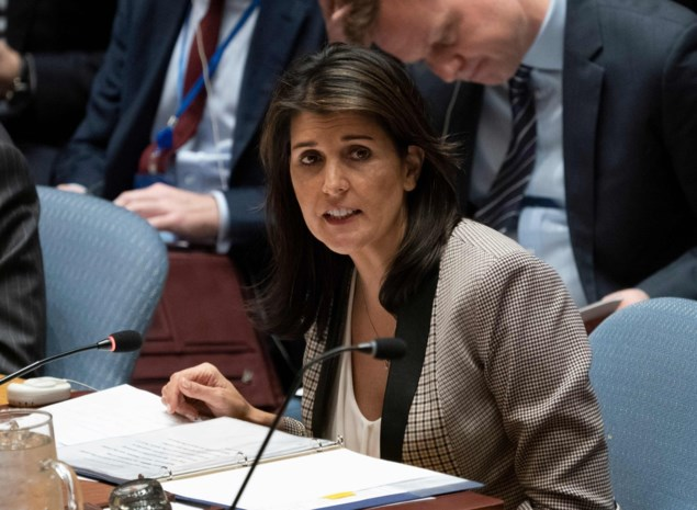 """VN-gezant Nikki Haley gevraagd om Trump tegen te werken: """"Om het land te redden"""""""