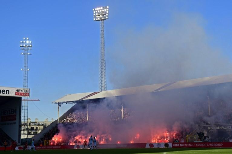 Biergooiers verpesten Antwerp-Club Brugge: match tijdje stilgelegd