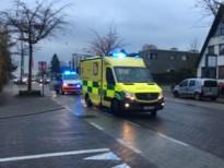 Bromfietser (16) gewond bij aanrijding