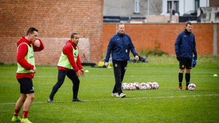 KRC Genk heeft nog drie kandidaat-coaches, Vrancken hoort daar niet meer bij