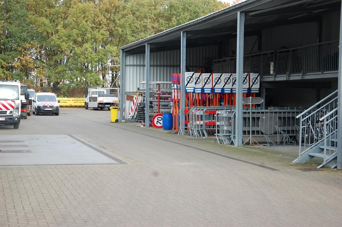 Gemeentepersoneel Zonhoven weer aan het werk nadat ze woensdag plots werk neerlegden - Het Belang van Limburg