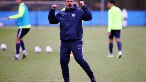 Clubicoon Domenico Olivieri leidt eerste training