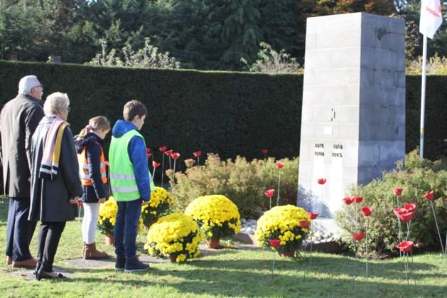 De Heppening sluit oorlogsproject af aan monument