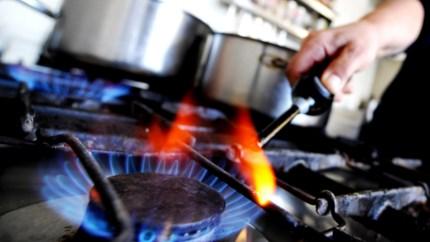 Zoveel geeft een Vlaams gezin minder uit aan energie