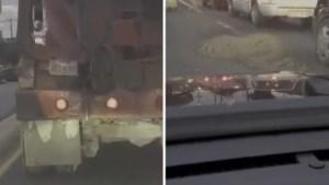 Chauffeur betontruck richt onopgemerkt ravage aan terwijl hij over de weg rijdt