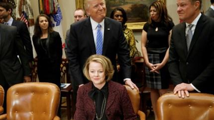 Witte Huis geeft transcriptie vrij van telefoontje tussen Trump en opdringerige Zelenski