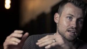 """Simon Mignolet: """"Fans die 'Thibaut Courtois!' zingen, dat vind ik geweldig"""""""