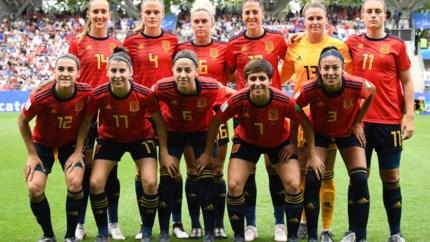 Spaanse voetbalsters in staking voor verhoging minimumsalaris