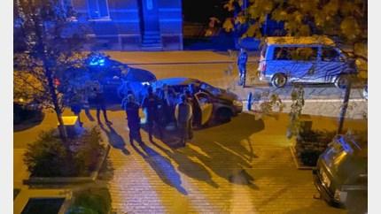 Politie betrapt kleine stadsauto met 9 passagiers