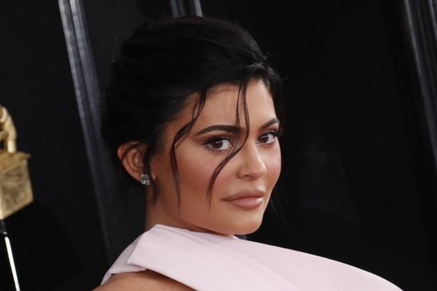 Cosmeticabedrijf koopt start-up van Kylie Jenner over voor 600 miljoen dollar