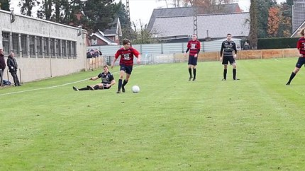 VIDEO. Doelpunten, een gemiste strafschop en een knappe assist: dit was het weekend op de Limburgse voetbalvelden