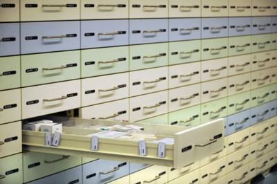 """Nederlandse apothekers voorzien Belgische patiënten van medicatie: """"Compleet illegaal"""""""