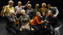 Toneelgezelschap Horizon oefent voor 'De kus van een Rus'