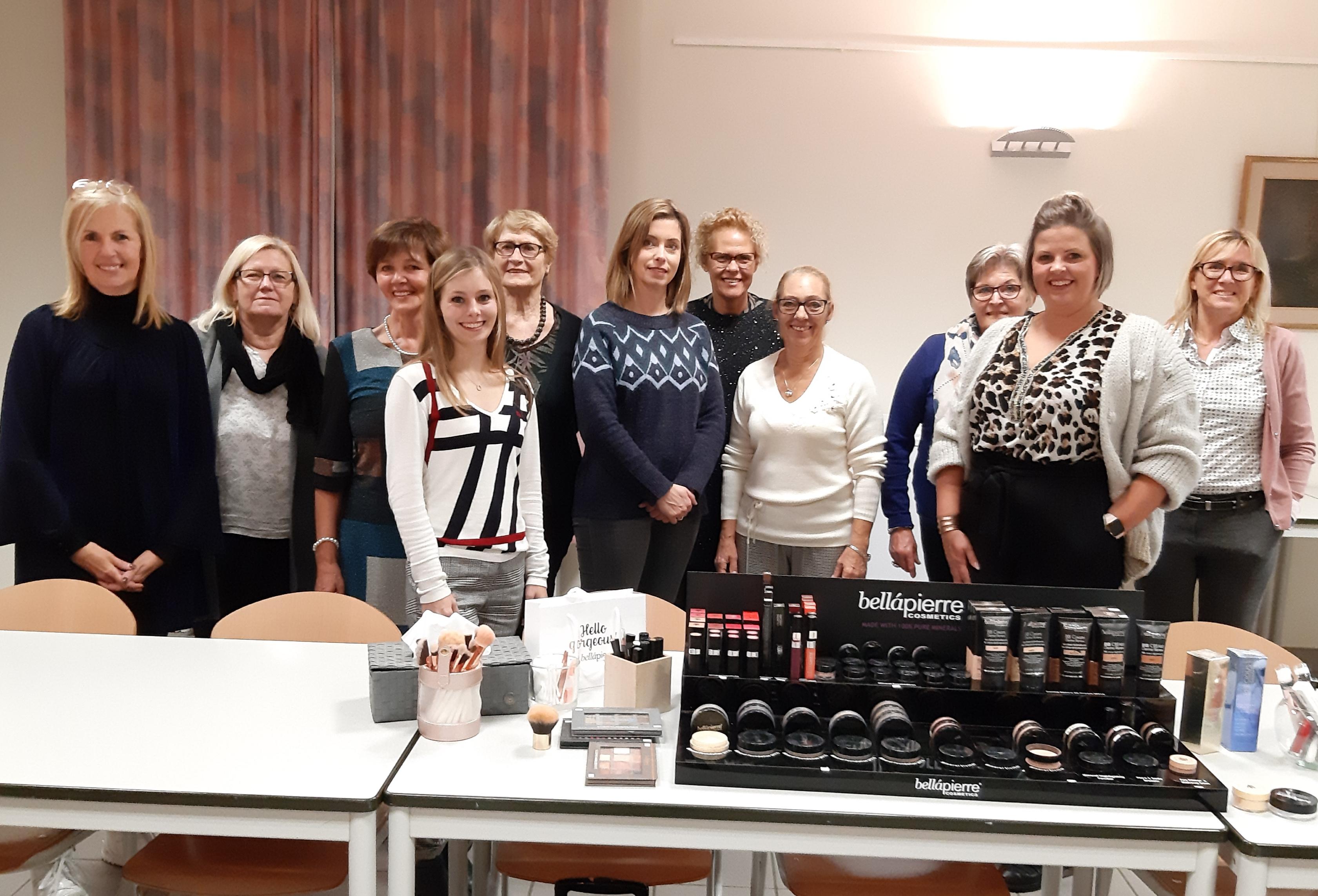Vrije Vrouwen Alken gaan naar demo make-up - Het Belang van Limburg
