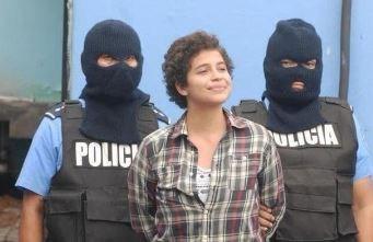 Belgische studente Amaya Coppens blijft in de cel na arrestatie in Nicaragua