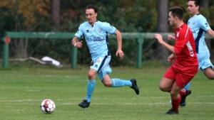 Nicky Stoffels (38) is weer voetballer