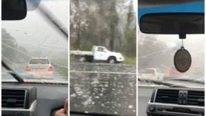 Bestuurders moeten toekijken hoe hagelstenen auto's ernstig beschadigen