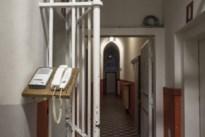 """Verdachte foltermoord klaagt overheid aan voor """"foltering"""""""