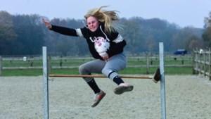 Stokpaardrijden populair bij tieners