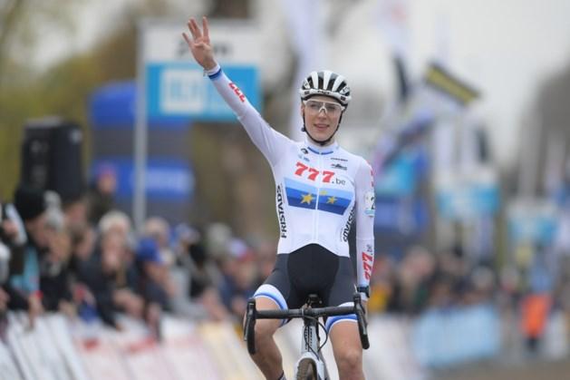 Yara Kastelijn triomfeert in Ambiancecross van Wachtebeke