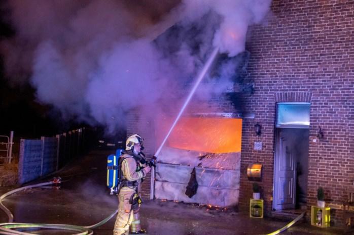 Huis onbewoonbaar na brand in Sint-Truiden: een gewonde