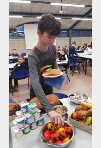 Gezond ontbijt in eerstegraadsschool Mosa-RT