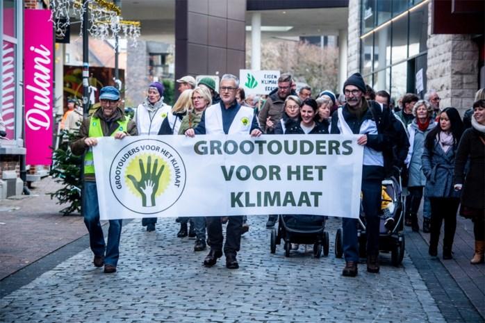 Honderdtal grootouders stappen voor het klimaat in Hasselt
