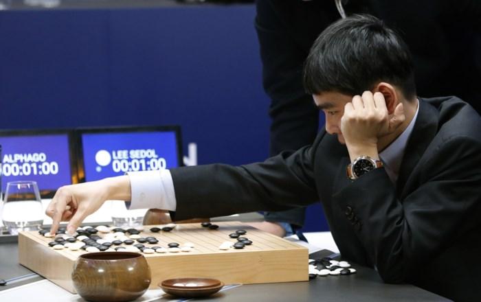 """Bekende bordspelkampioen Lee (36) gaat in pensioen: """"Ik kan niet meer winnen van de computer"""""""