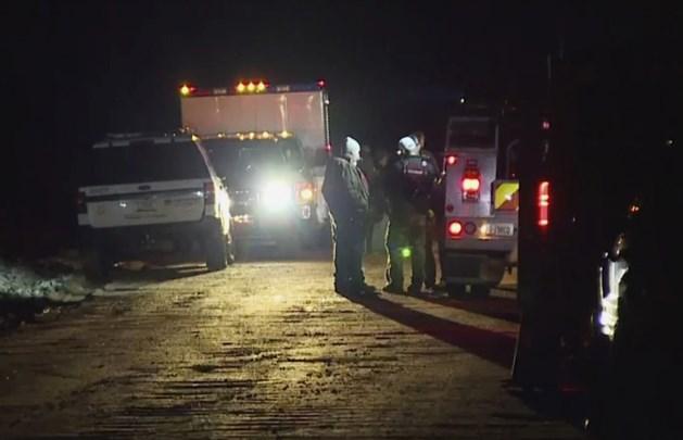 Auto wordt meegesleurd tijdens overstromingen in VS: twee kinderen sterven, derde nog vermist