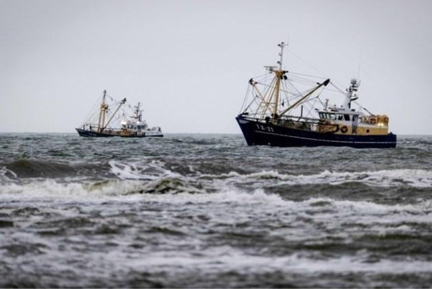 Twee lichamen gevonden in stuurhut van gezonken vissersboot in Nederland