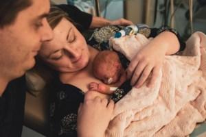 Hartverwarmend: te vroeg geboren baby'tjes schitteren in fotoshoot