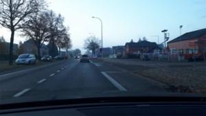 Vrouw (37) gewond bij botsing op Noord-Zuid