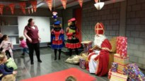 Sint en zijn pieten op bezoek in de bib