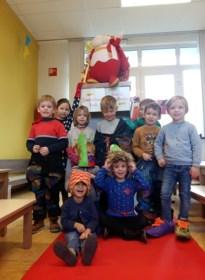 Kleuterschool Wiebelwoud Rijt maakt een hippe outfit voor Sinterklaas