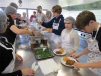 Leerlingen SAB verzorgen sfeervolle dorpsrestaurants