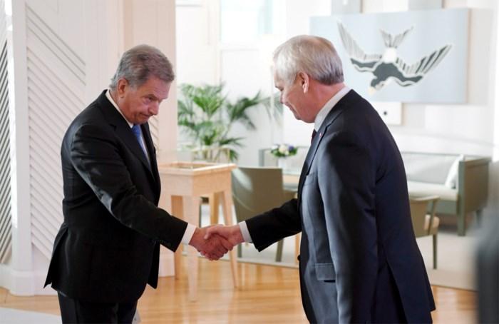 Finse premier dient ontslag regering in